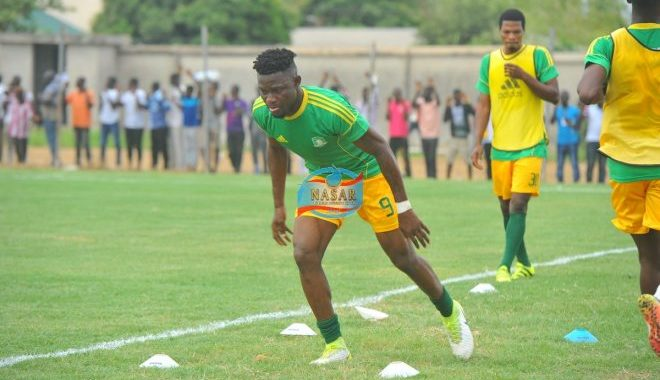 Hearts of Oak in negotiations with former Aduana Stars and Club Africain forward Derrick Sasraku ahead of the potential transfer