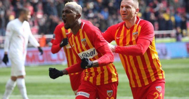 Ghanaian International Bernard Mensah played in Besiktas' friendly defeat to Sivasspor