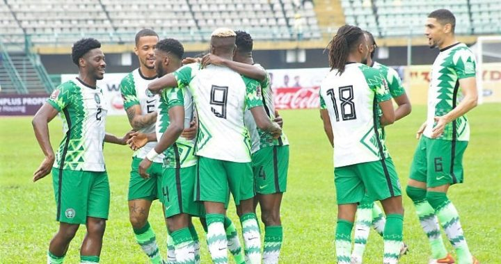 Nigeria complete World Cup qualifiers 2-out-of-2 after Santos long range own goal earns Green Eagles 2-1 victory from home